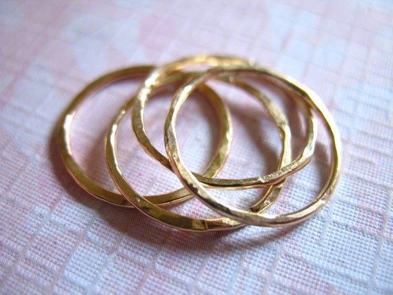7 rings, Knuckle Ring Stackable Rings Stack Ring Midi Ring Eternity Ring - 14k Gold Filled, Hammered Wedding Ring, sr1-7 c solo