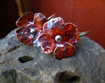 Hanging Flower in copper -E745 or bronze - E746