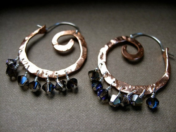 Mini Swirl Hoop with Gemstone/Swarovski - Copper E981 or Bronze E082