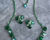 Vintage Weiss Green Rhinestone Necklace and Earring Set - Clip Ons