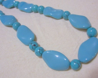 Vintage Turquoise Glass Bead Necklace