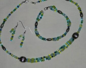 Ocean greens and blues, jewelry set, necklace, bracelet, dangle earrings, sea blue, sea green