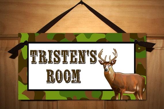 Deer camo hunting boys bedroom kids door sign ds0008 for Signs for kids rooms