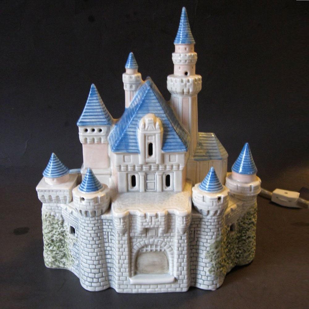 1988 Disney Magic Ceramic Cinderella Castle Light Lamp