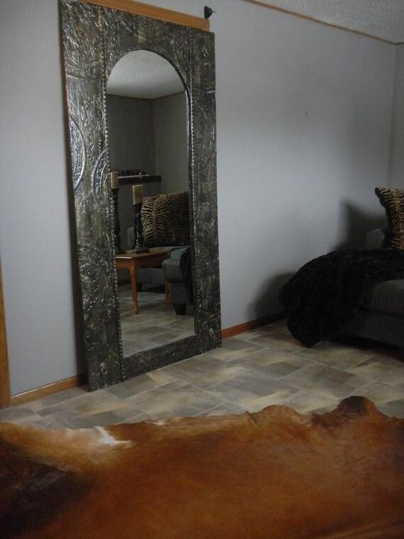 The Jennifer Floor Standing Oval Mirror