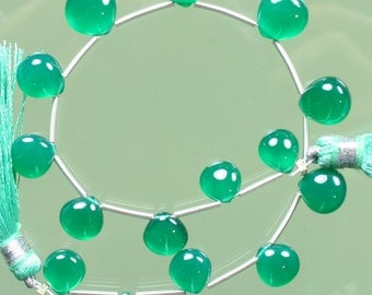 AAA Emerald Green Onyx Smooth Heart Briolettes