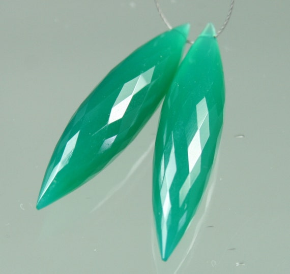 StoneyMarie ...Pair of AAA Elongated Green Onyx Faceted Rice Briolettes