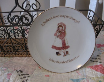 Lovely Small Vintage 1976 Porcelain Holly Hobbie Mother Plate