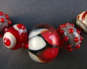 Scarlet and Grey Assorted 5 Glass Bead Se