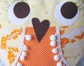oN SalE....Little Hooter Stuffed Owl in Aviary