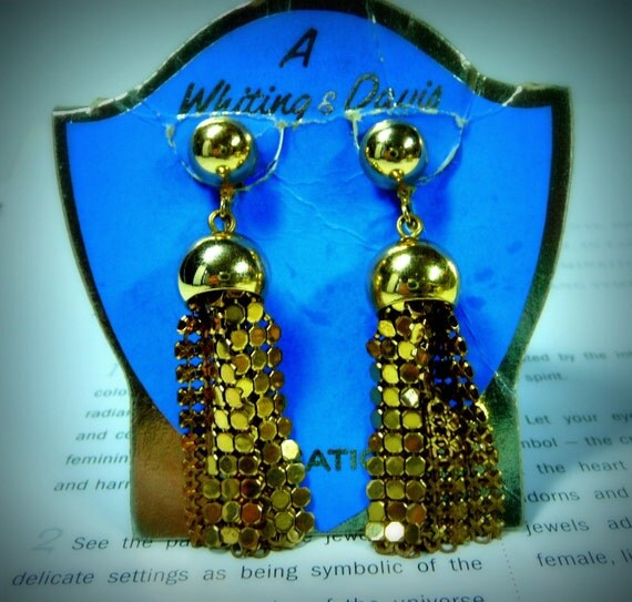 Whiting and Davis 1976 Mesh Collection Dangling Clip On Earrings in Gold tone