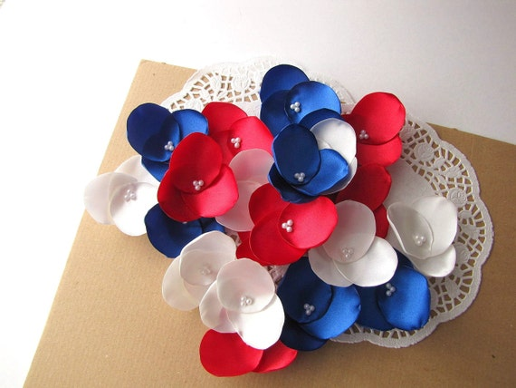 Hydrangea Blossoms- Satin fabric handmade flower appliques, floral embellishments for crafts (21 pcs)- PATRIOTIC MEADOW (Ivory- Red- Blue)
