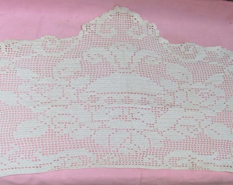 A touch of early 20th century class - beautiful 3 pc handmade vintage Doily Set, sale!