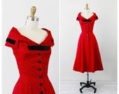 r e s e r v e d - 1950s dress / 50s dress / Red and Black Polkadots Party Dress with Large Buttons and a Black Velvet Bow