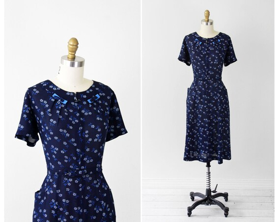 vintage 1940s 40s dress // Navy Blue Floral Dress with Pockets, Velvet Bows, and a Front Toggle Zipper