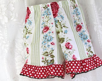 ON SALE - RTS! Girl Size 5 Ruffle Shorts Red Rose Polka Dot Girl Shorts Size 5 Girl Clothes Summer Childrens Play Clothes Cotton Kid Clothes