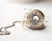 Alice in Wonderland Pocket Watch necklace - Vintage style (PW016)
