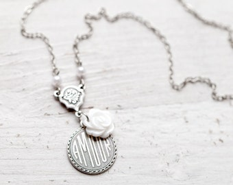 Dainty silver necklace Amour - Girlfriend love gift - Romantic gift silver - Dainty love necklace - Meaningful necklace - I love you (N030)