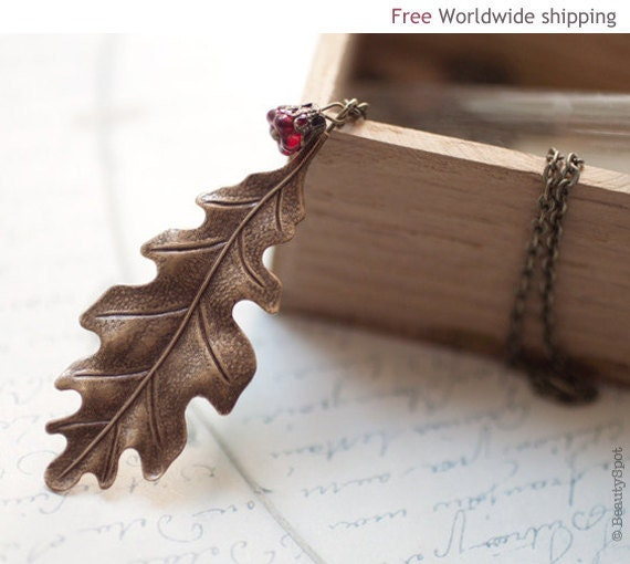 Oak Leaf necklace (N033)