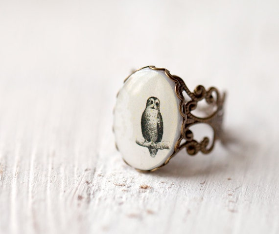Owl ring - Owl jewelry - Steampunk ring - Birds jewelry - Rustic ring - Woodland jewelry - White ring - Bird ring - Animal ring (R023)