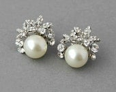Bridal Stud Earrings Crystal Pearl Wedding Stud Earrings Orchid Pearls and Crystals Earrings Vintage Pearls Earrings