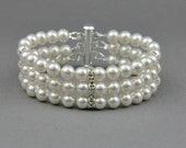 Wedding Bracelet , Pearl Bracelet , Bridal Cuff Bracelet , Swarovski  Bracelet , White Cream  Pearl Bracelet , Bridal Jewelry