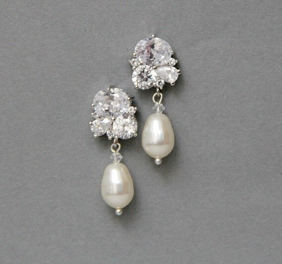 Crystal Earrings , Bridal Pearl  Earrings , White Ivory Cream Champagne Pearl Wedding Earrings , Wedding Jewelry
