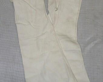 Vintage Aris Britland English Doeskin Washable Leather Opera Gloves 6 1/2 Long Ivory