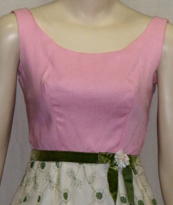 1950's Vintage Maxi Dress Cotton Candy Pink Floral Embroidered Size 5 Small