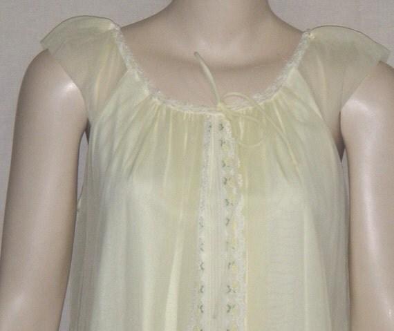 Vintage Nylon Chiffon Peignoir Set Nightie Nightgown Robe Long Small Medium