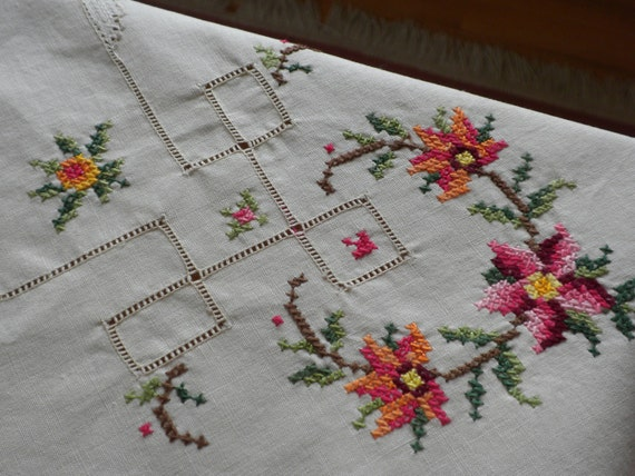 embroidered tablecloth, vintage, linen, small, drawn work