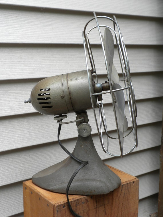Vintage Fan Mid Century Manning Bowman Model 52 Wire Cage