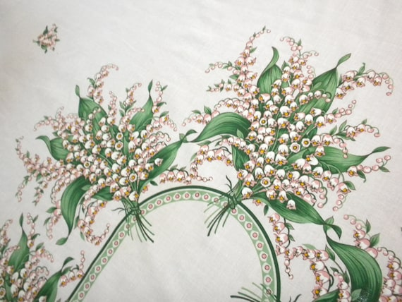 vintage tablecloth, lily of the valley, large rectangular, 10 napkins