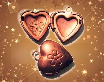 Vintage copper heart locket w/ flower (5)