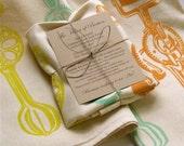 Hand Printed Gourmet Flour Sack Towel\/Egg Beater Motif\/Unbleached Cotton\/Tea Towel