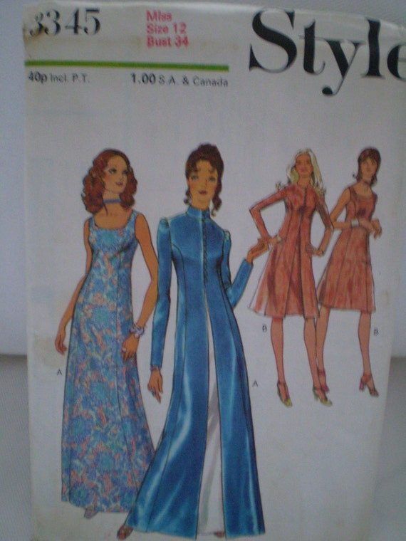 Style 3345 Vintage Coat And  Dress Pattern In two lenghts Year 1971 Size12 UNCUT