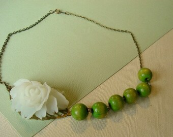 White Flower Necklace Green Beaded Necklace Lime Green Beaded Necklace with White Flower Jewelry  Fashion Statement