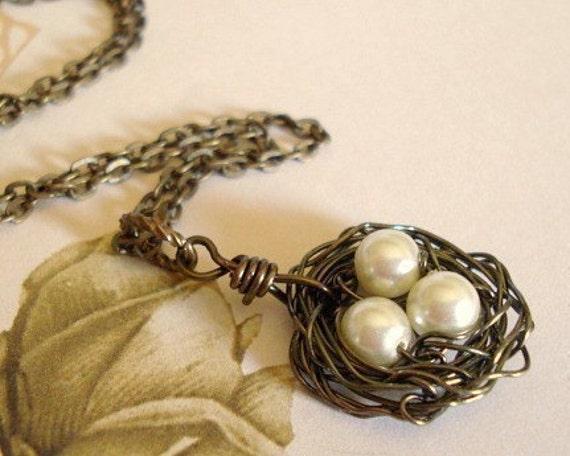 Nest Necklace Mom Necklace Pendant Jewelry Wire Bird Egg Nest Mom, Family The Cozy Bird Nest