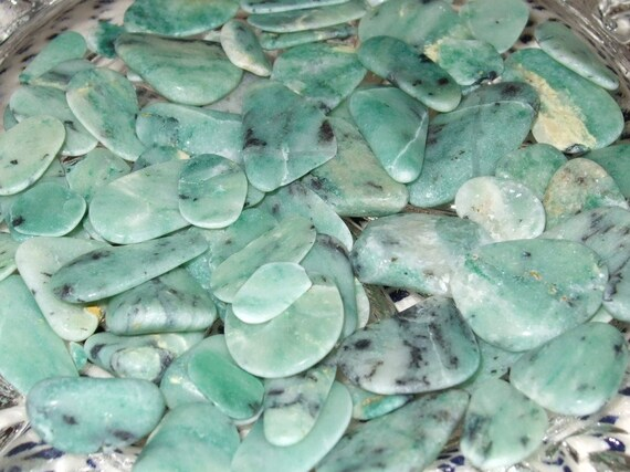 Newfoundland Labrador Virginite Gemstones Tumbled Polished Green White Minty Green Crafts Jewelry Rock Art Supplies Mosaics