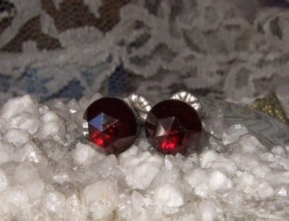Rose Cuts Red Garnet Faceted 8mm Stud Post Earrings Earings Titanium Ear Post and Clutch Hypo-Allergenic Sparkly