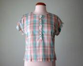 SALE 80s blouse / pastel cropped plaid top (s - m)