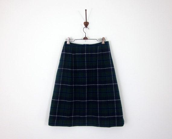 blackwatch plaid skirt (s - m)