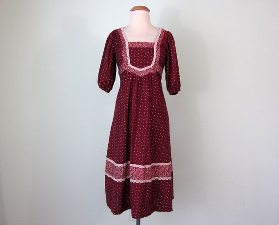 SALE maroon calico dress (xs - s)