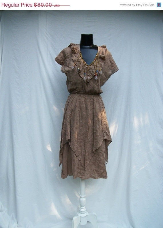 40% off Sale 70s Crinkled Cotton Hippie Dress size Small Medium Beads Feathers