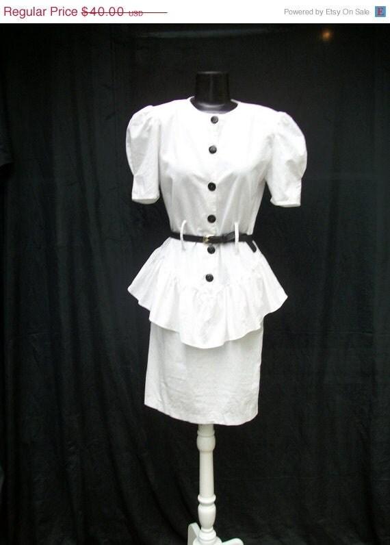40% off Sale 80s White Cotton Wiggle Dress Size Small to Medium Peplum Drop Waist