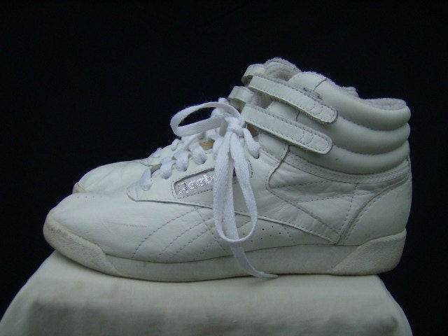 80s high top white leather reeboks tennis shoes size