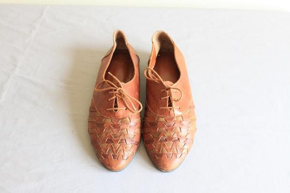 vintage Pale woven leather Hurache oxfords / leather flats / size 11