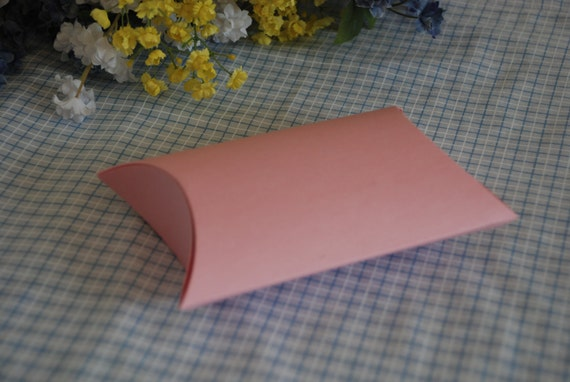 Reserved for isabellizama - Sale - Blossom Pillow Box - Set of 20