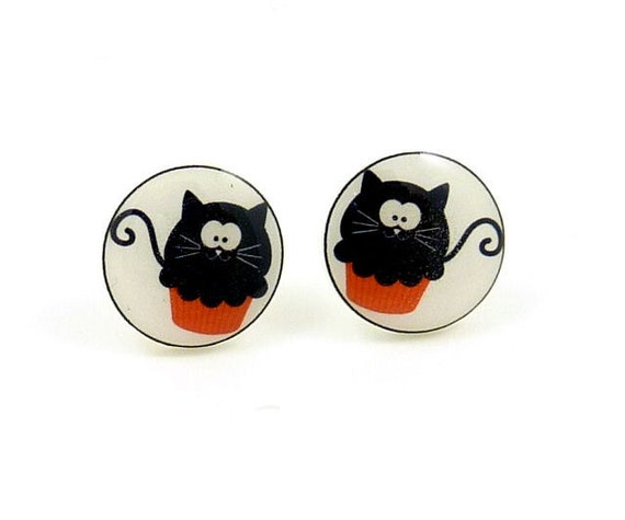 Halloween Black Cat Earrings. Halloween Cat Cupcake Jewelry.  Mirror Image Resin earrings made with my handmade buttons.