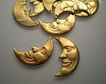 12 brass moon charms